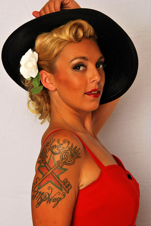 Pinup - Amy Golden 2010